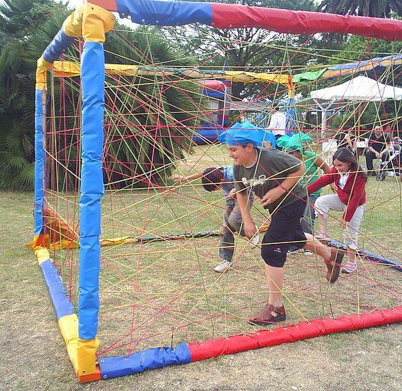 Laberinto Con Imagenes Juegos De Carnaval Pista De Obstaculos