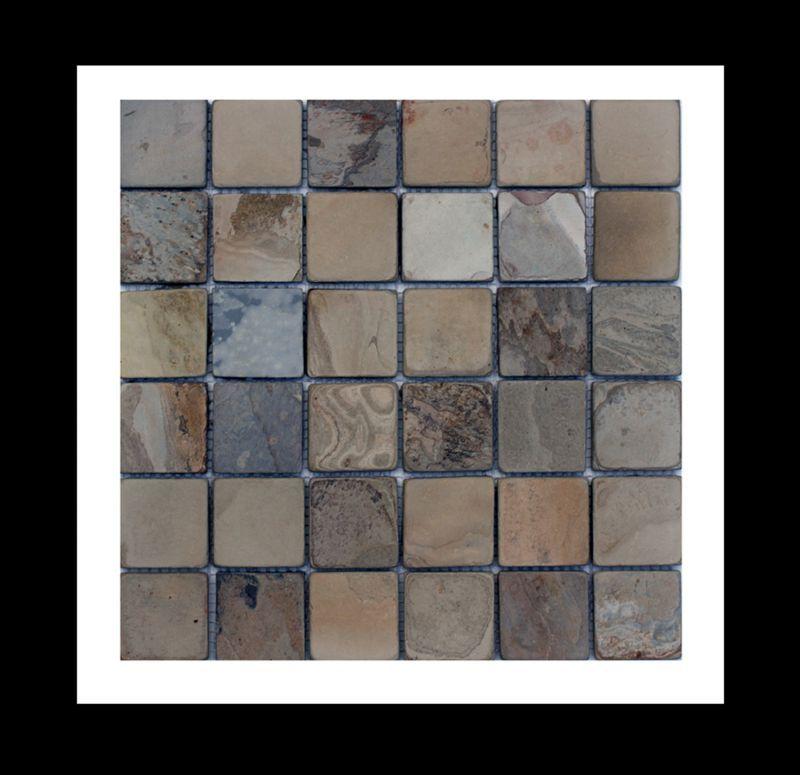 schiefer naturstein mosaik fliesen auf netz die angenehme naturspaltraue oberfl che dieser. Black Bedroom Furniture Sets. Home Design Ideas