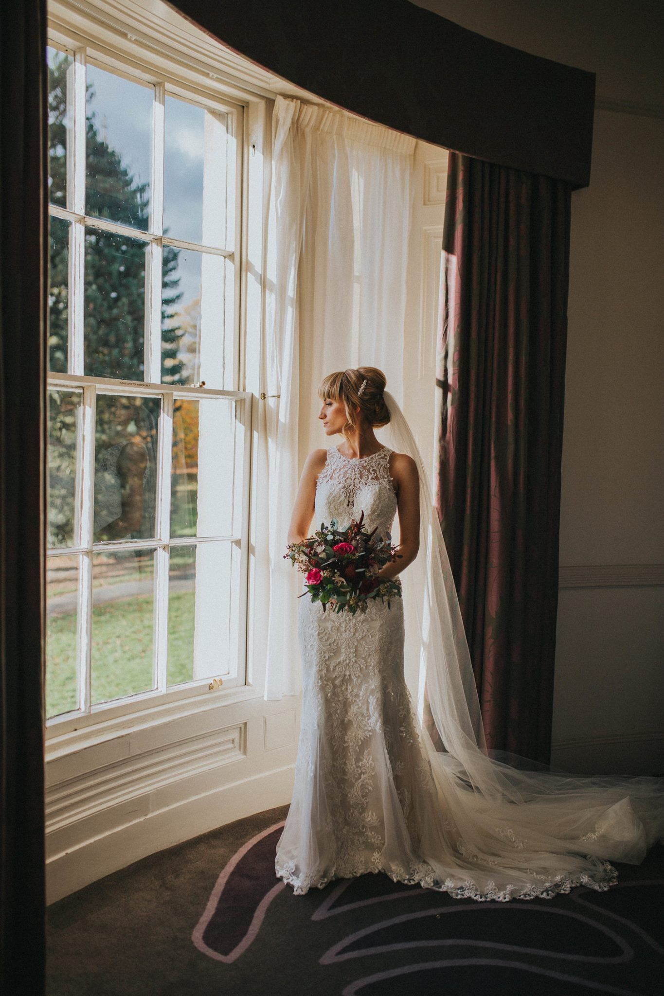 Natural wedding photography country bride in uk woods with boho