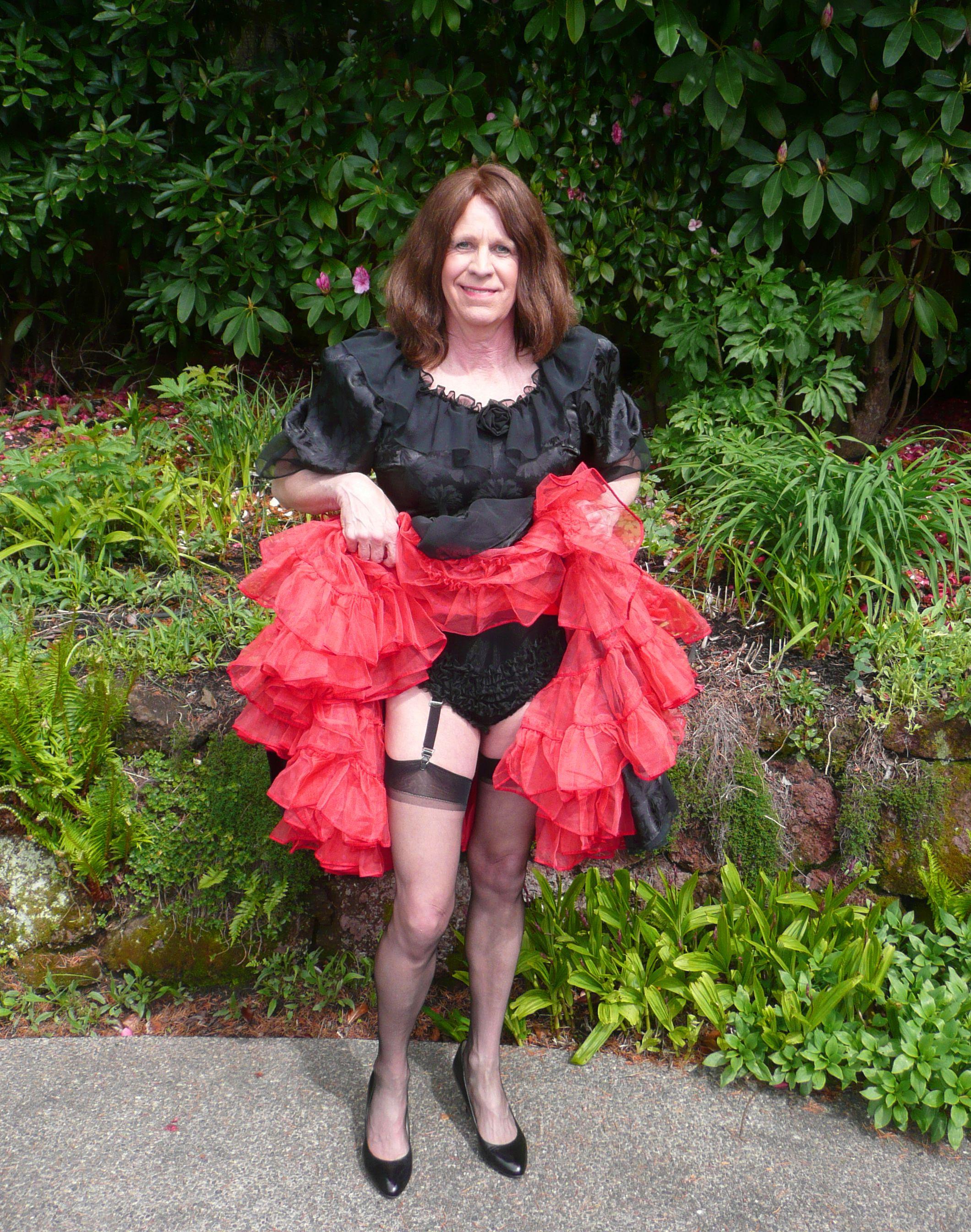 Show Off I Love Petticoats Pinterest Cgi