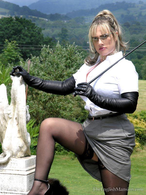 latex maid