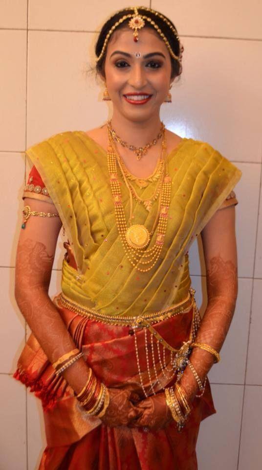 Traditional Manglorean , GSB bride wearing bridal saree and
