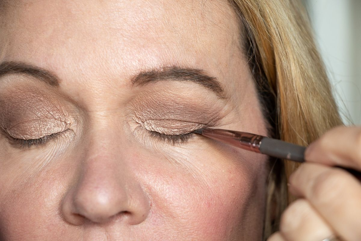How to Update Your Eye Makeup for Hooded Eyes Hooded eye