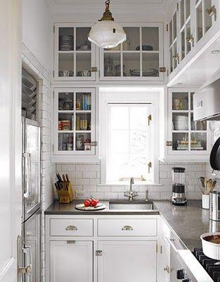 Wandschränke in zwei Reihen übereinander setzen | In der Küche ...