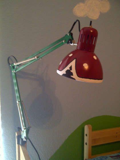 Super Mario Piranha Plant Lamp From $10 IKEA Lamp Salles de jeux