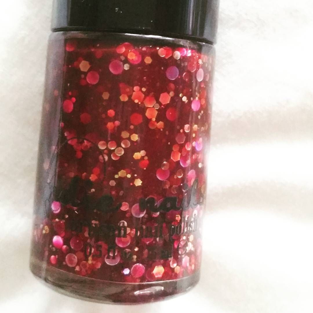 Load up and pull the trigger on #jindienails Red Velvet Revolver!
