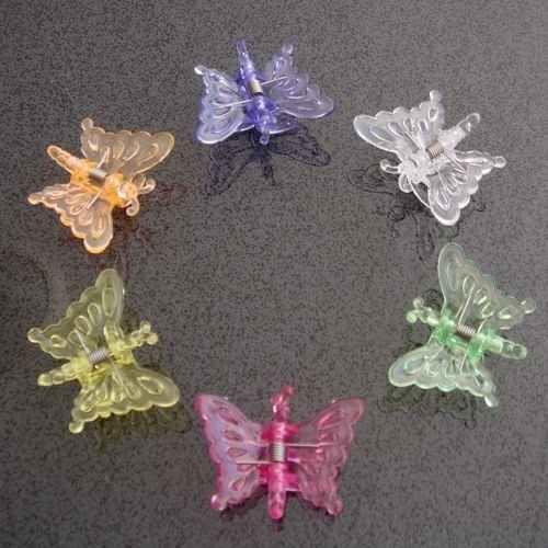 También se usaban mariposas en el cabello.   37 Cosas que toda chica en los 90s tuvo