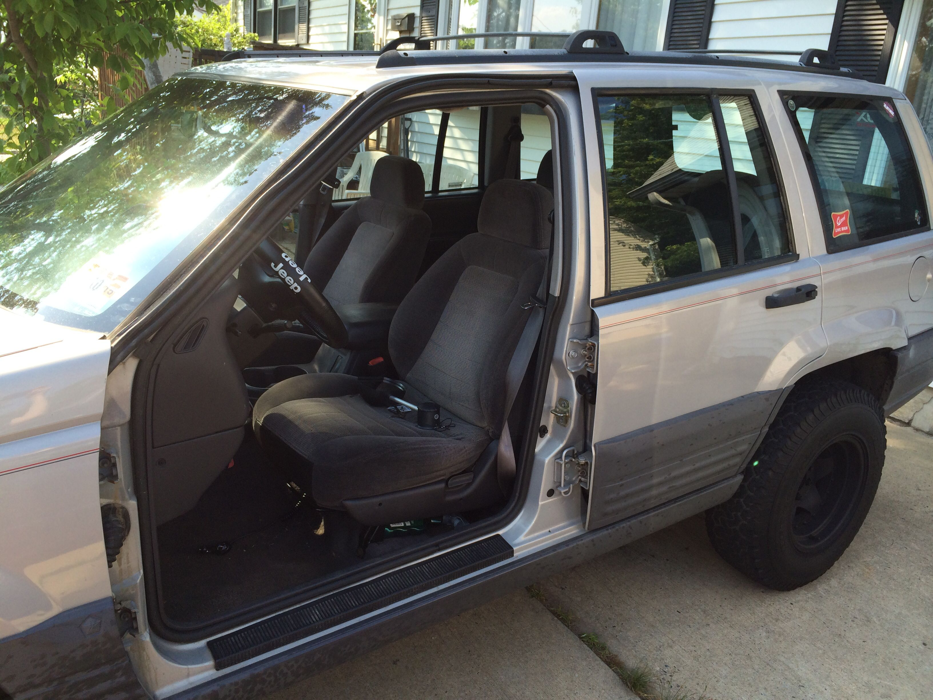 No Doors On Benu0027s Jeep Grand Cherokee Laredo 1996!