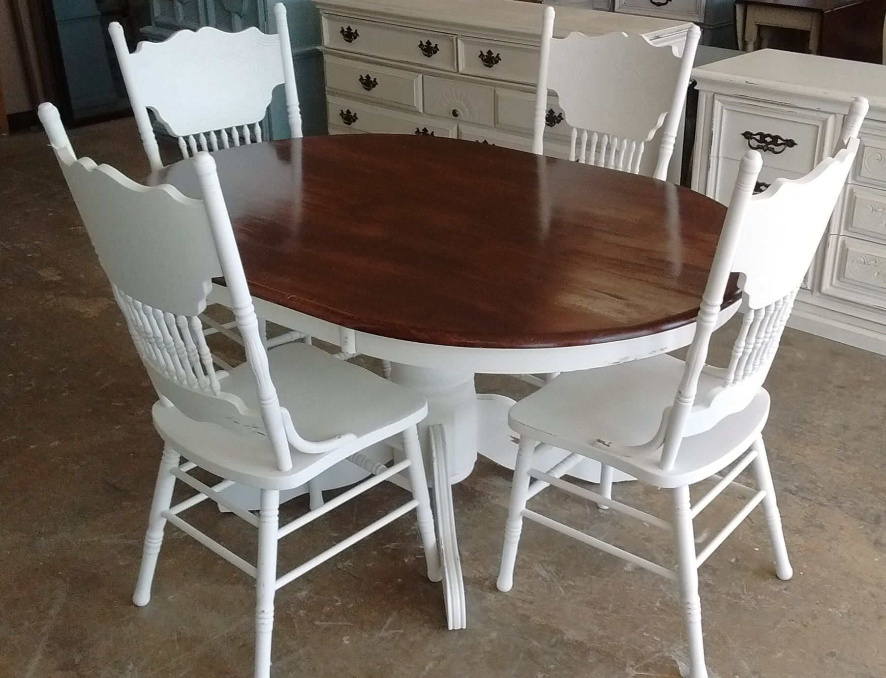 Here Is Another Cute Little Table And Four Chairs For Your Dining Room Or Breakfast Nook What With Images French Country Furniture French Furniture Kitchen Table Settings