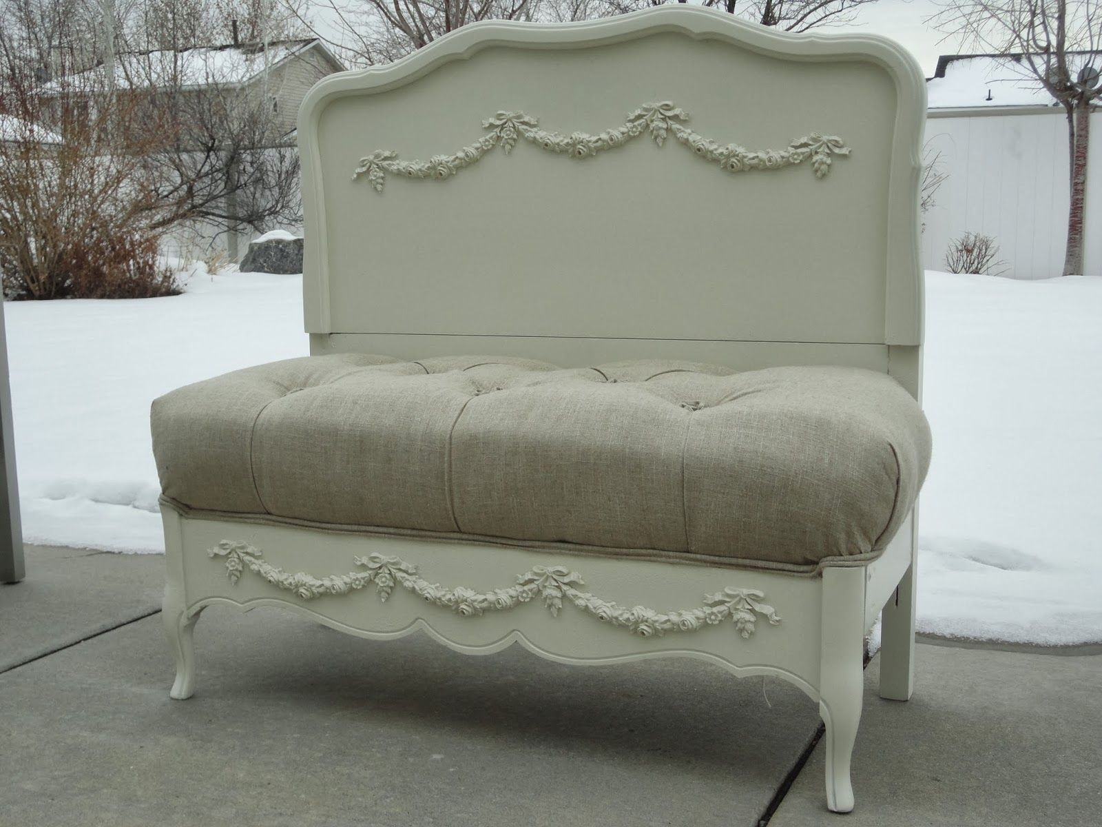 Prime Stunning Settee Bench Made From A Twin Bed Wood Was Short Links Chair Design For Home Short Linksinfo