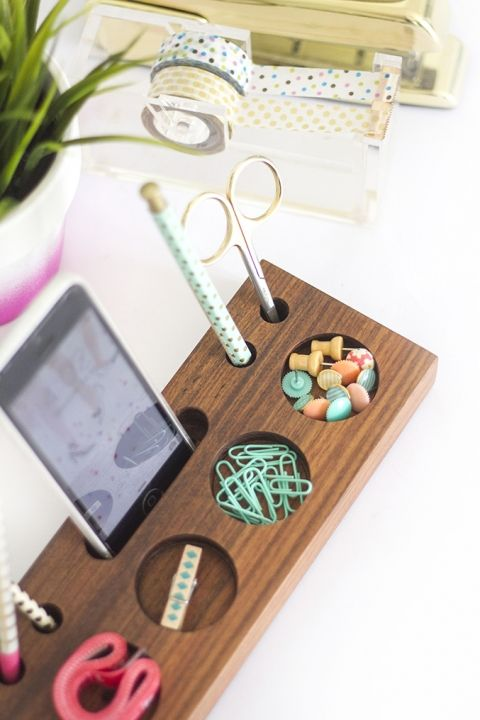 How To Make Your Own DIY Wooden Desk Caddy | build me | Wooden diy