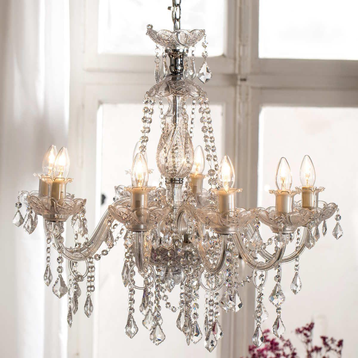 luxury lux ist das luxurise highlight im wohnzimmer in der diele im schlafzimmer und besonders angesagt ber dem esstisch der geschwungene kronleu - Beleuchtung Wohnzimmer Lux