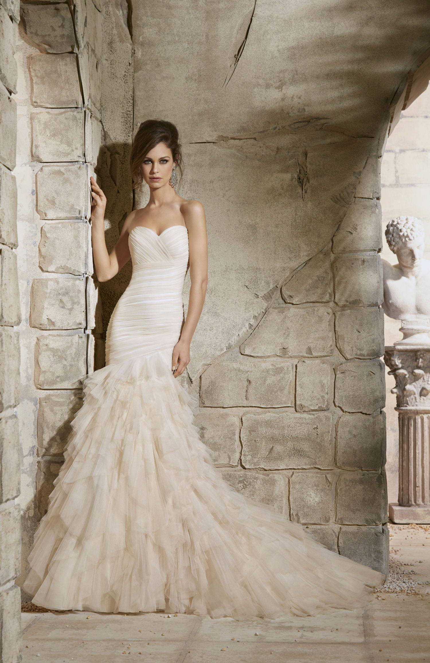 various colors 9d96e d658d Abiti da sposa a sirena stretti in vita - Gabriella Sposa ...
