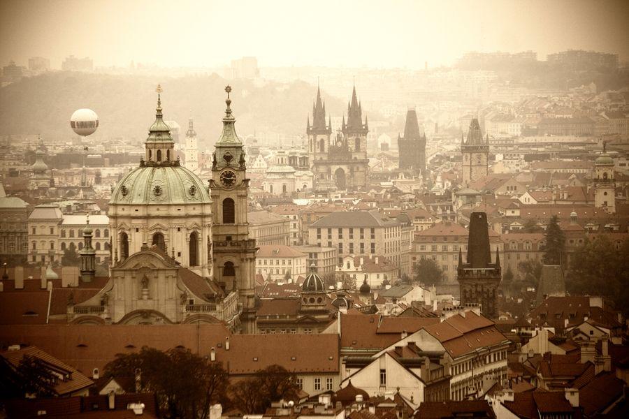Praha by Alexandra Belova-Polyak, via 500px