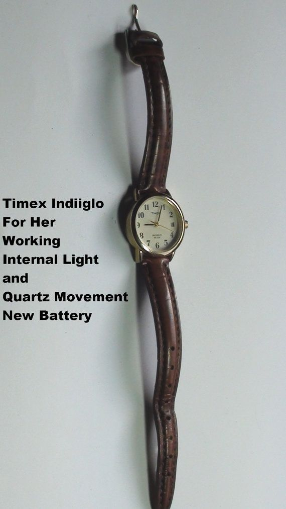 Timex Indiglo Vintage Wristwatch Leather  by VINTAGEARTJEWELRY