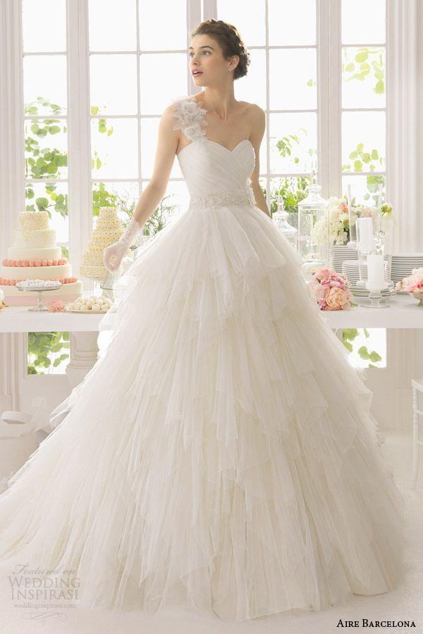 Amazing Aire Barcelona Wedding Dresses