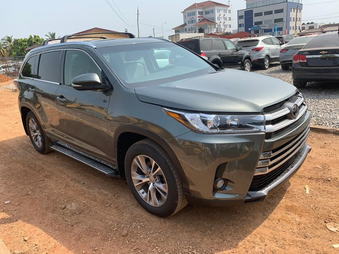 2015 Model Specs 2017 Original Toyota Highlander Full Specs Gh190 000 Negotiable Up For Sale With A To Z Motors Accra Ghana Toyota Highlander Dream Cars Accra