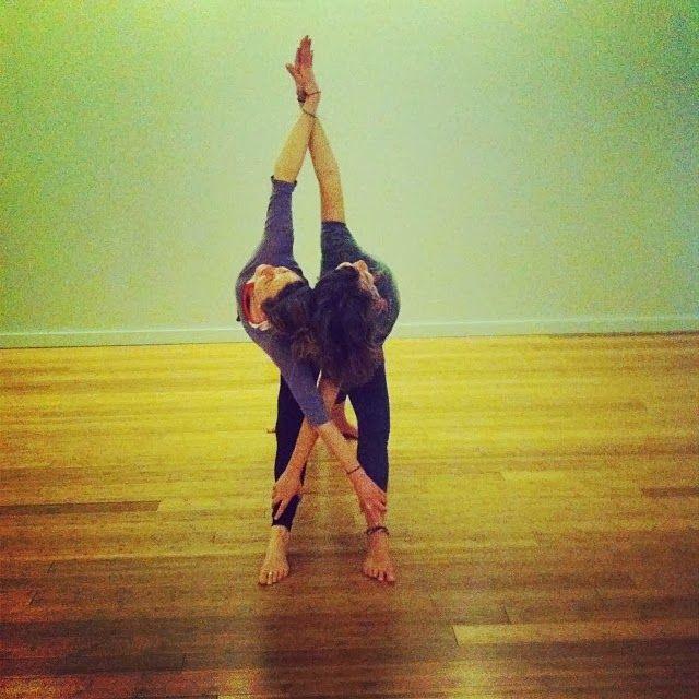 Tantra Yoga: Yoga, Partner Yoga Poses