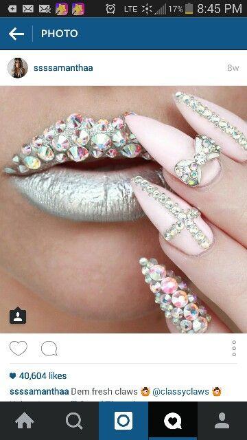 Lips silver diamonds metallic