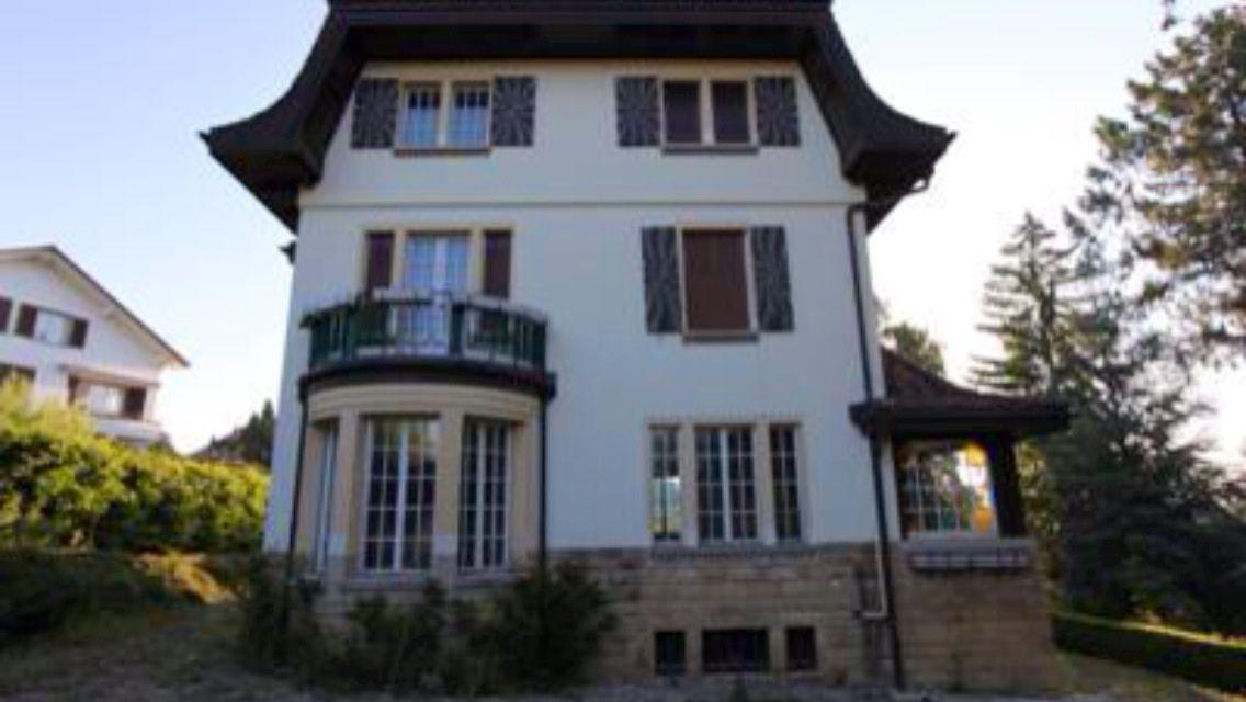 A Vendre Maison De Maître 1700 Fribourg Nombre Pièces 10 Surface Habitable 335 M2 Superficie Du Terrain 2 500 Année Construction 1908
