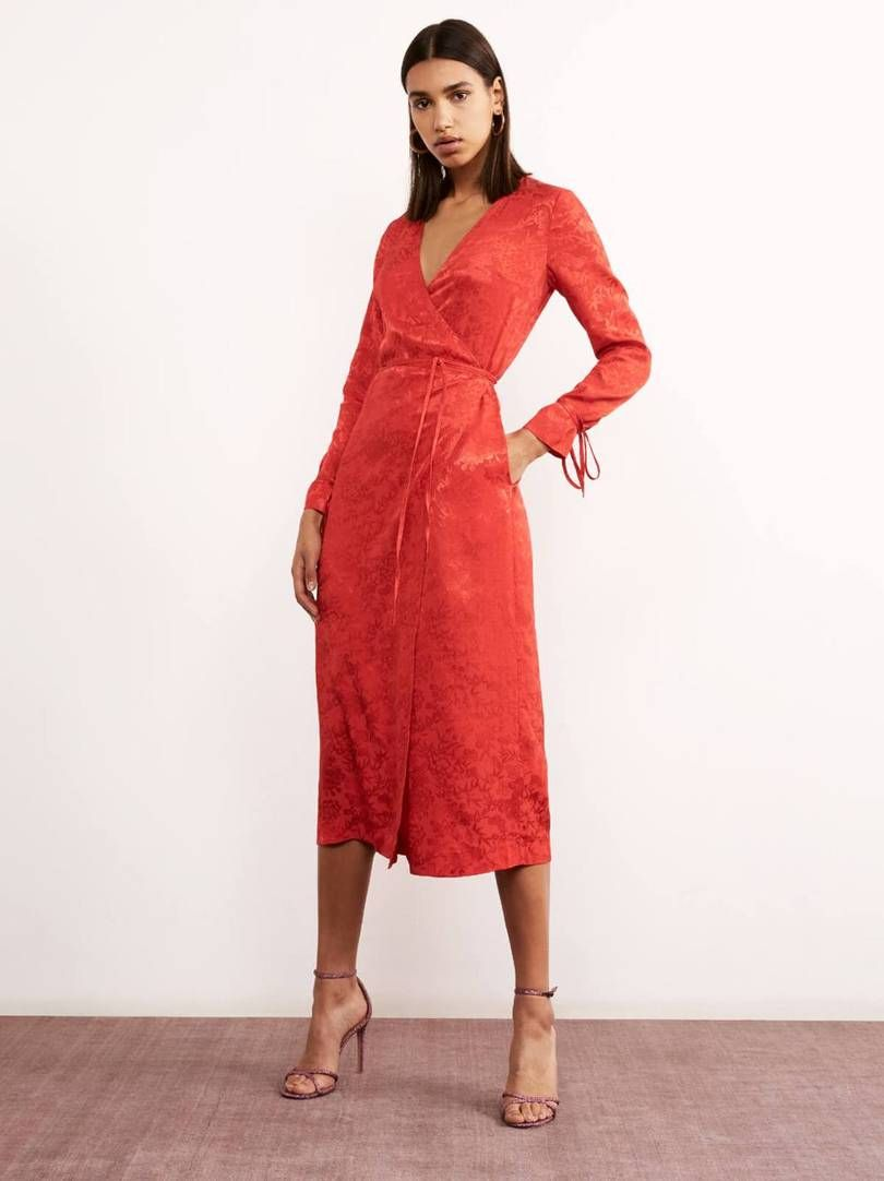 45 Best Spring Wedding Guest Dresses Of 2021 Red Wrap Dress Wrap Dress Outfit Wrap Dress [ 1082 x 810 Pixel ]