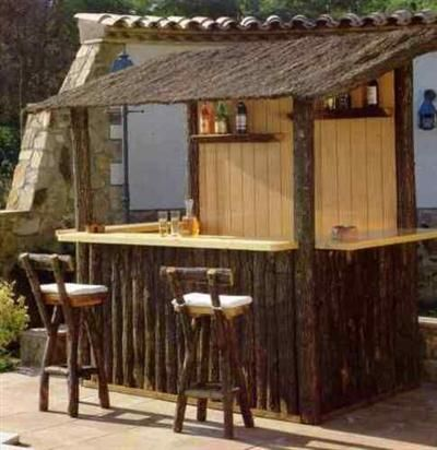 barra de bar para jardin ideas con troncos planos de. Black Bedroom Furniture Sets. Home Design Ideas