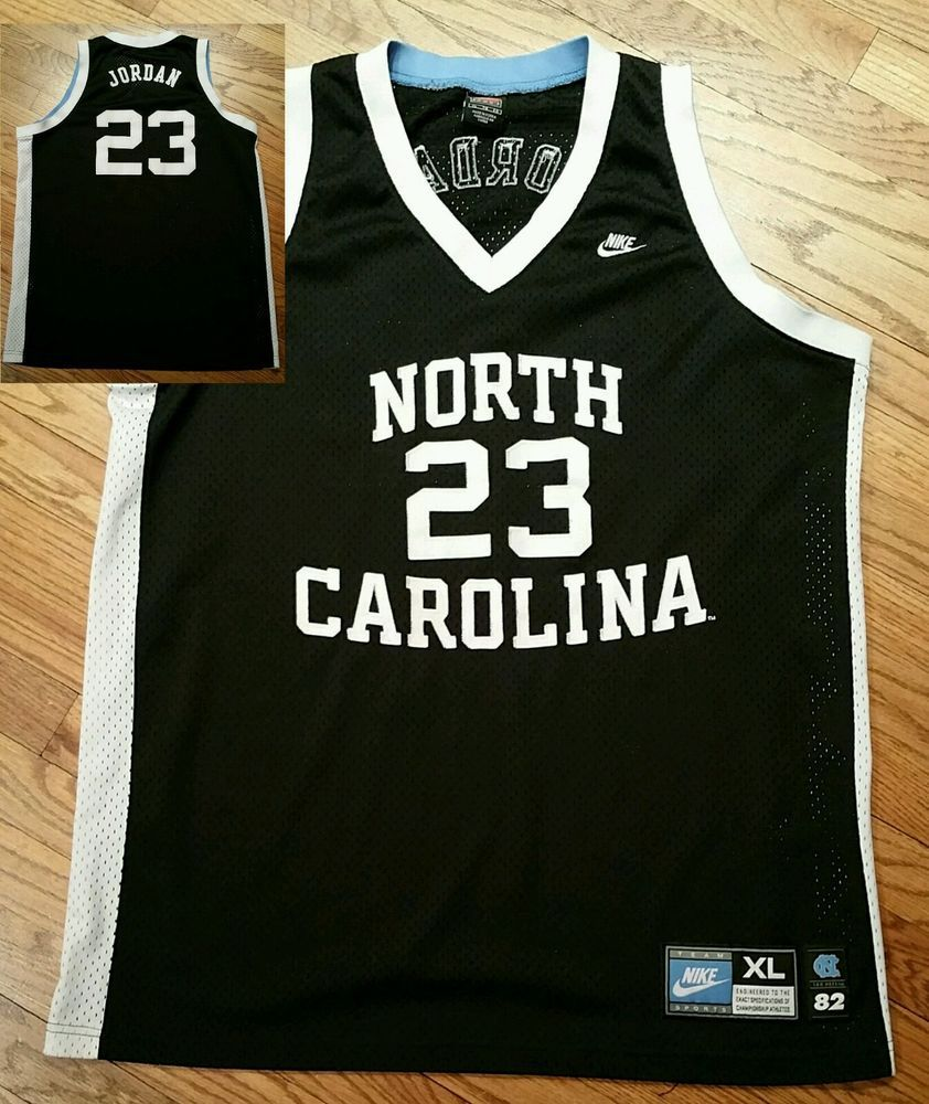 d569529d5c5f4c North Carolina Tar Heels Michael Jordan  23 NIKE Basketball sewn Jersey  Men s XL  Nike  NorthCarolinaTarHeels