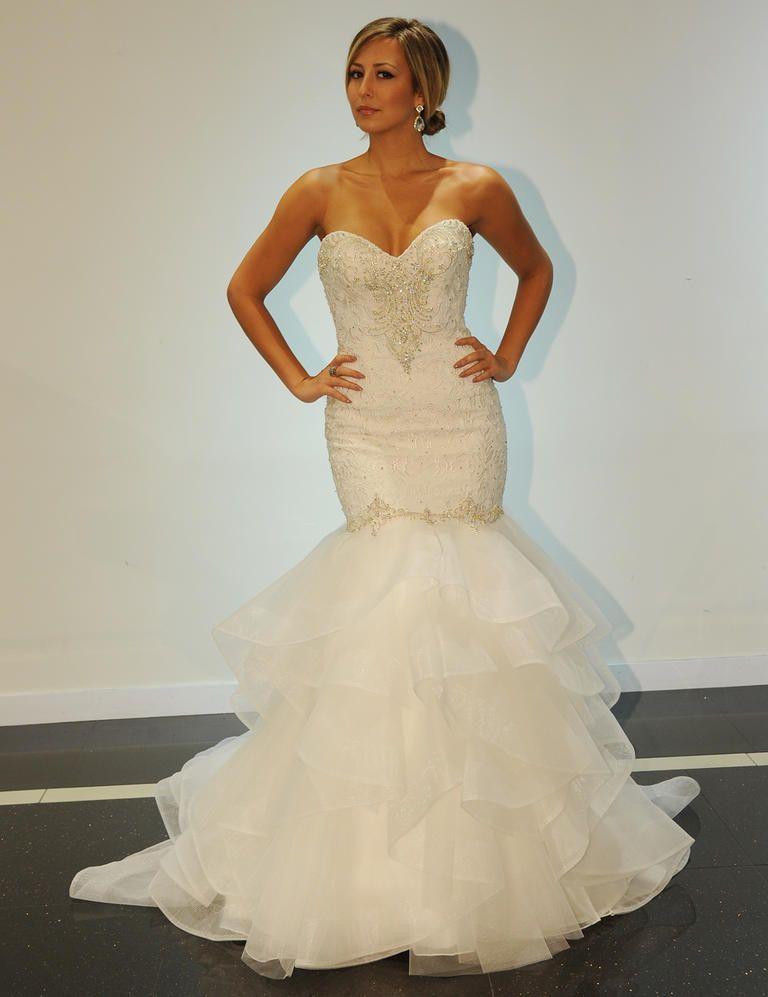 Simone Carvalli Shows Dramatic Wedding Dresses For Fall 2016
