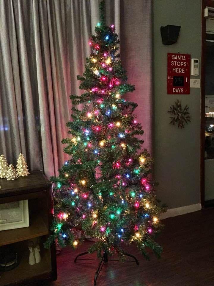 50 Handy Christmas Tree Lights Ideas To Brighten Your Christmas Tree