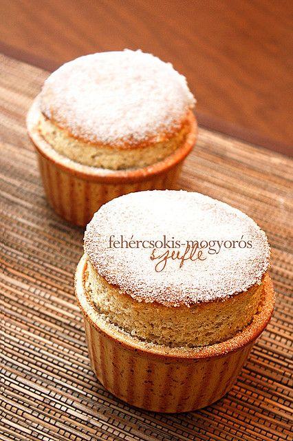 Fehércsokis mogyiszuflé by csokiparany, via Flickr