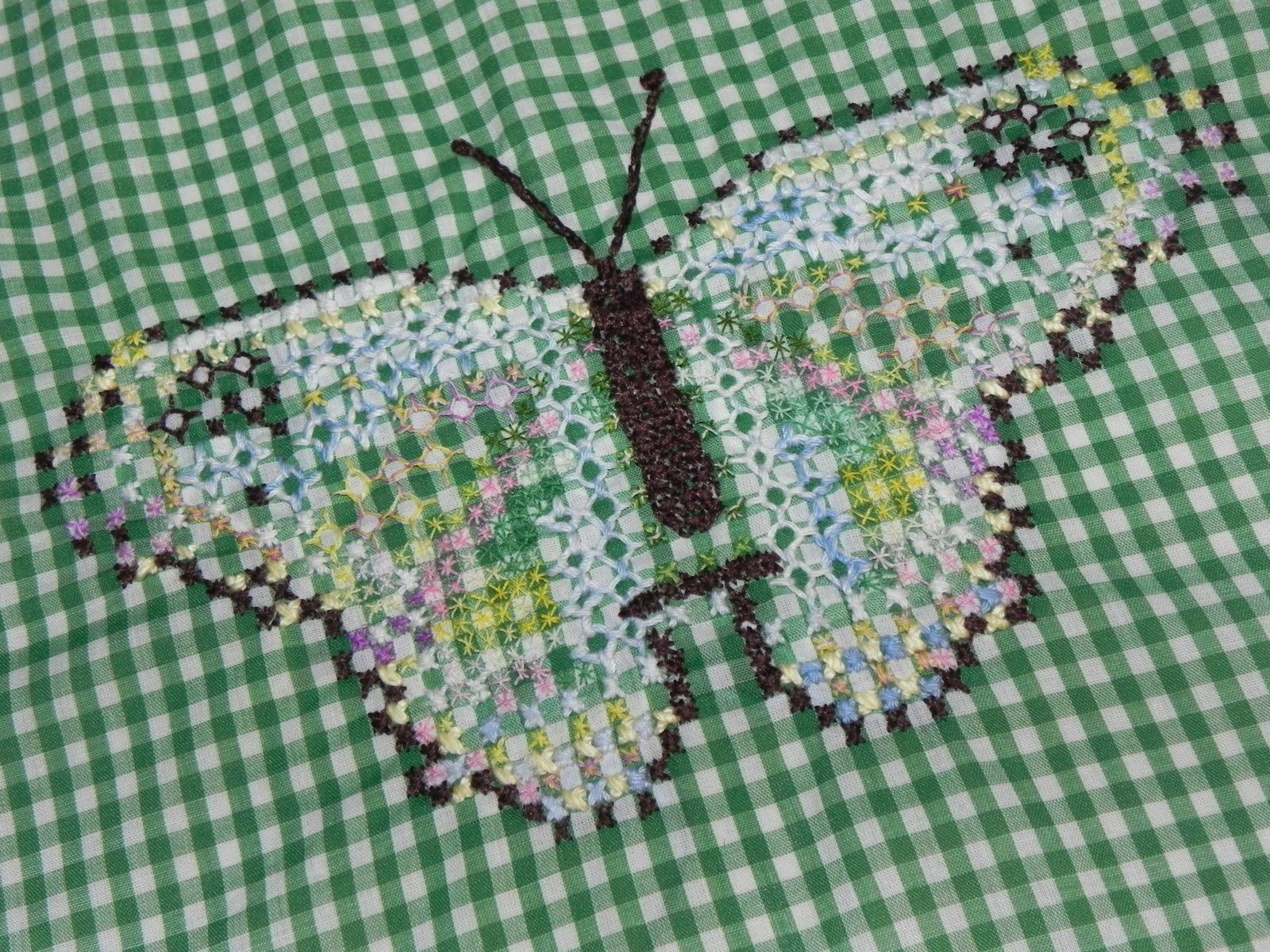 Free Chicken Scratch Embroidery Patterns Pins And Needles More