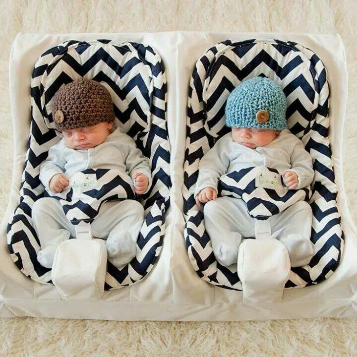 Cute twin baby bouncer zigzag aztec