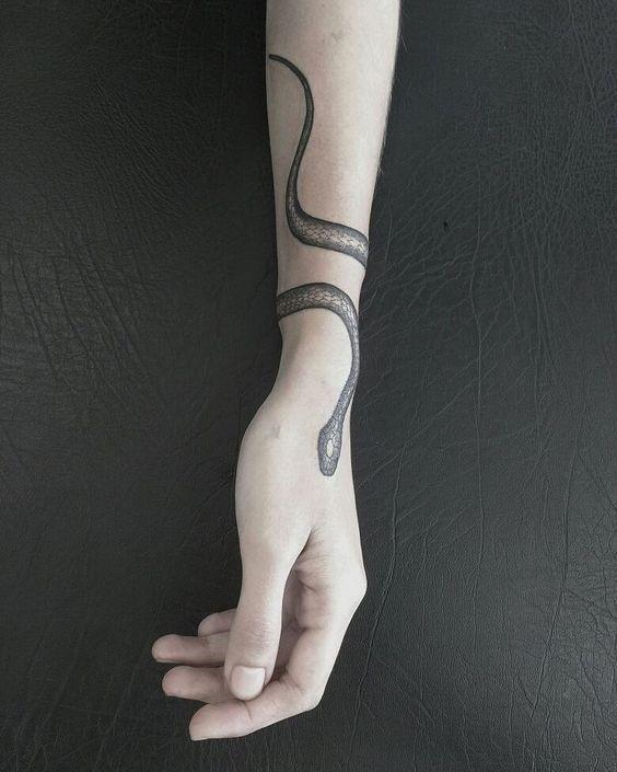 Snake # snake # snake #diytattooimages #diybesttattoo diy tattoo images - tattoo images drawings - t #sunflowertattoo #forearmtattoos
