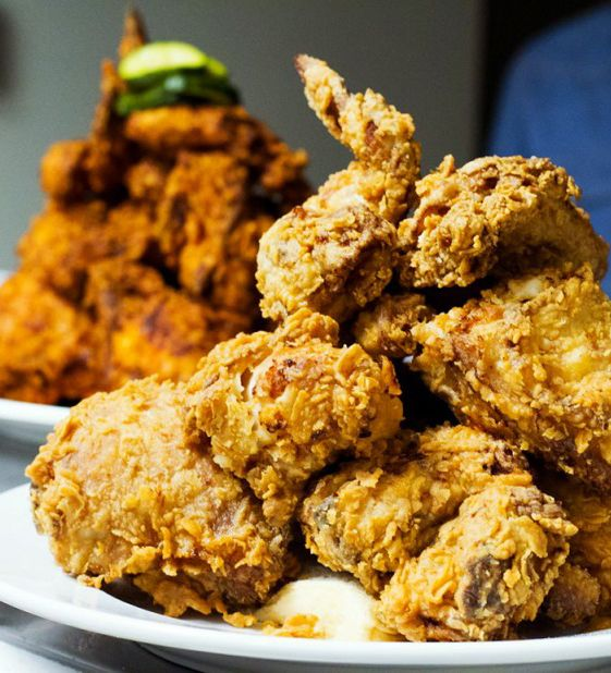 Introducing My New Msnbc Show What S Eating America Good Fried Chicken Fried Chicken Oxtail Recipes