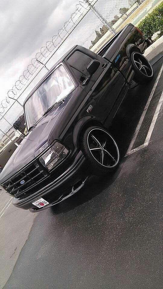 95 F150 Lowered : lowered, Lightning, Http://budgetmotorsports.com, Pickup, Trucks,, Lightning,, Trucks