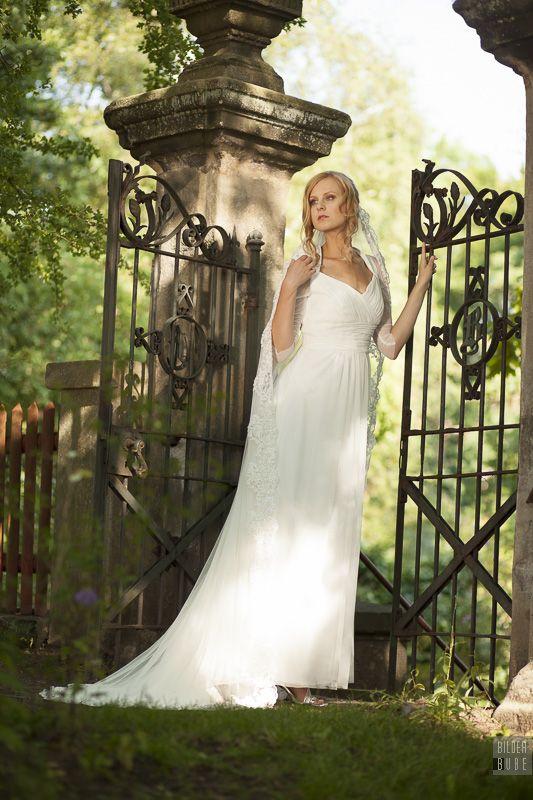 Simone Weghorn - Modedesign; Brautkleid, Hochzeit, Schleier, Spitze ...