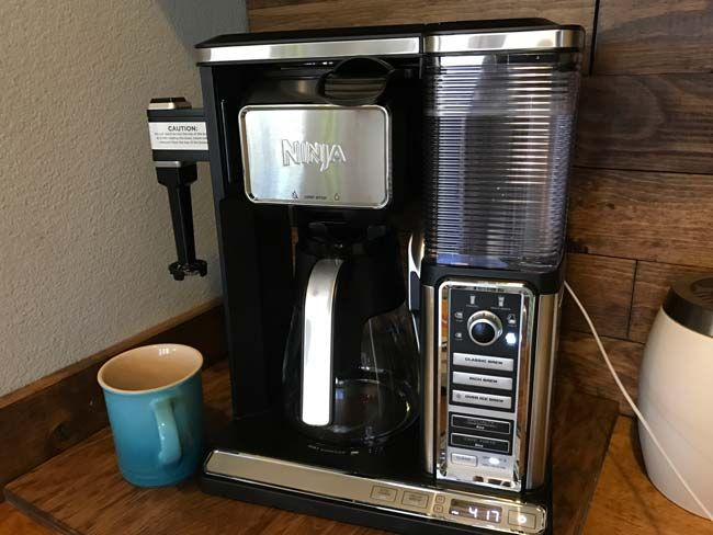 The Ninja Coffee Bar System Is The Best Coffee Maker Makes