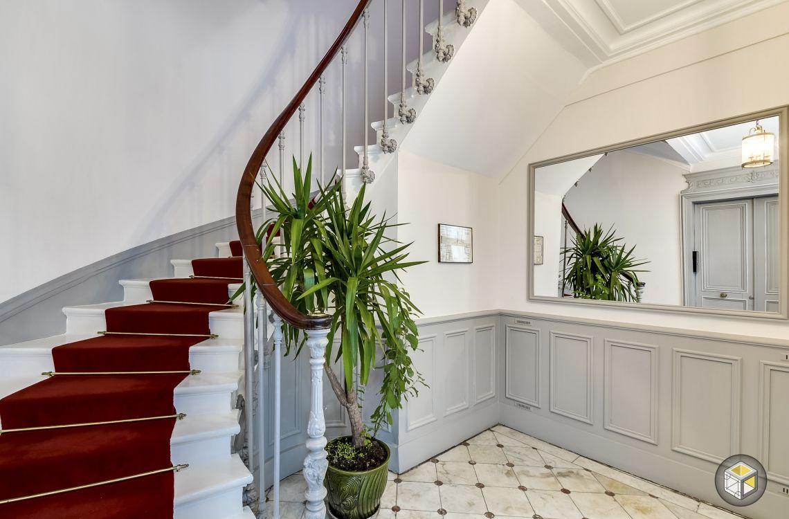 Restauration d\'une cage d\'escalier par Ré-novateurs | Nos ...