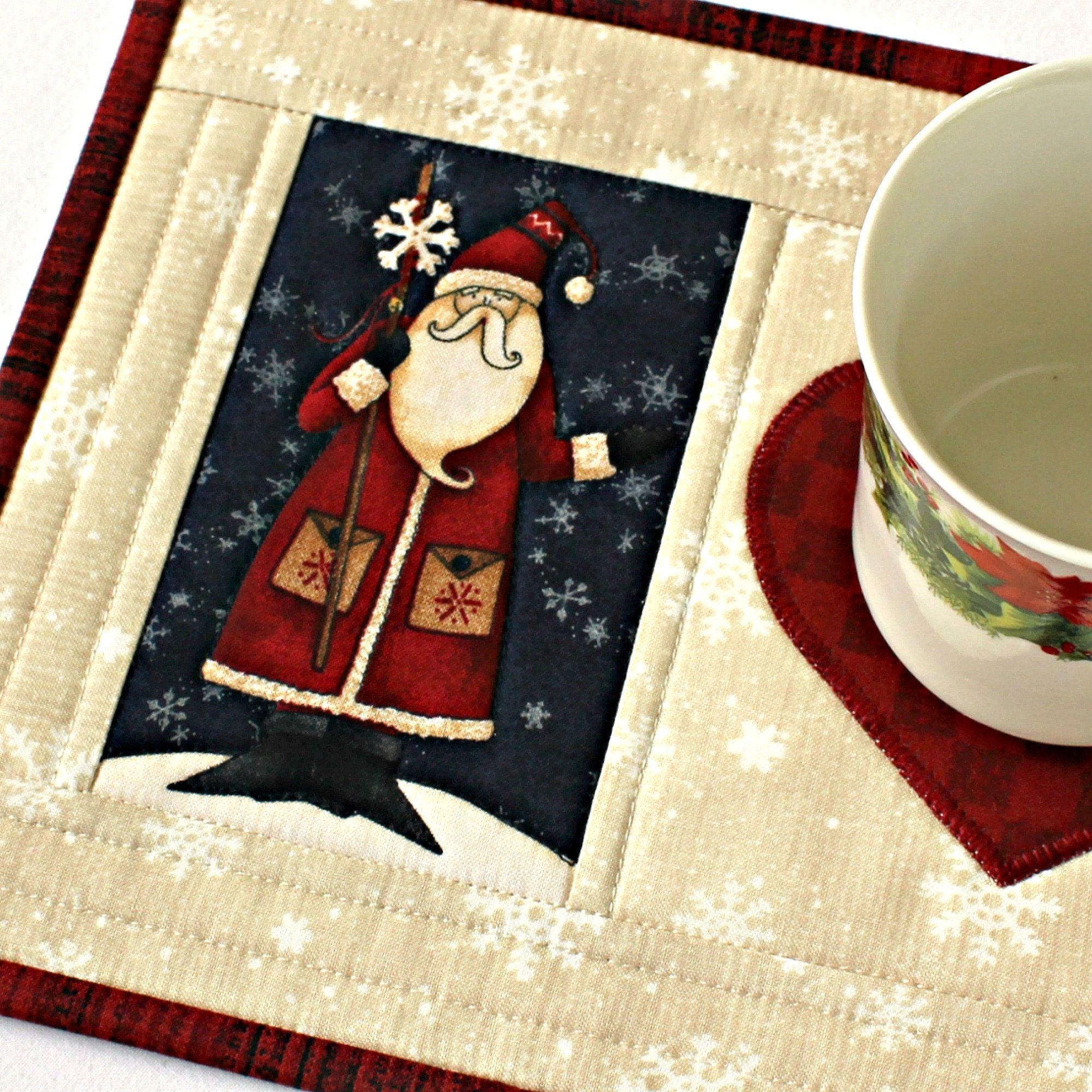 Quilted Christmas Mug Rug Santa Snack Mat Etsy In 2020 Christmas Mug Rugs Christmas Mugs Mug Rug