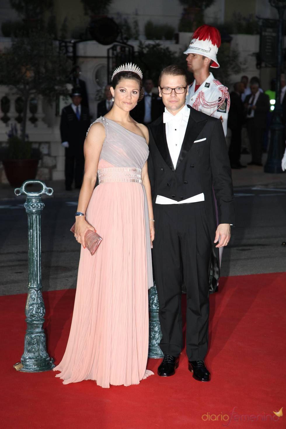 Victoria de Suecia en la cena de gala de la Boda Real de Mónaco ...