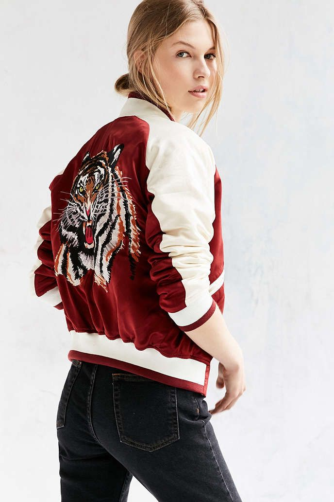 Silence + Noise Stays On Tour Satin Bomber Jacket - Urban Outfitters ... 249d7beae