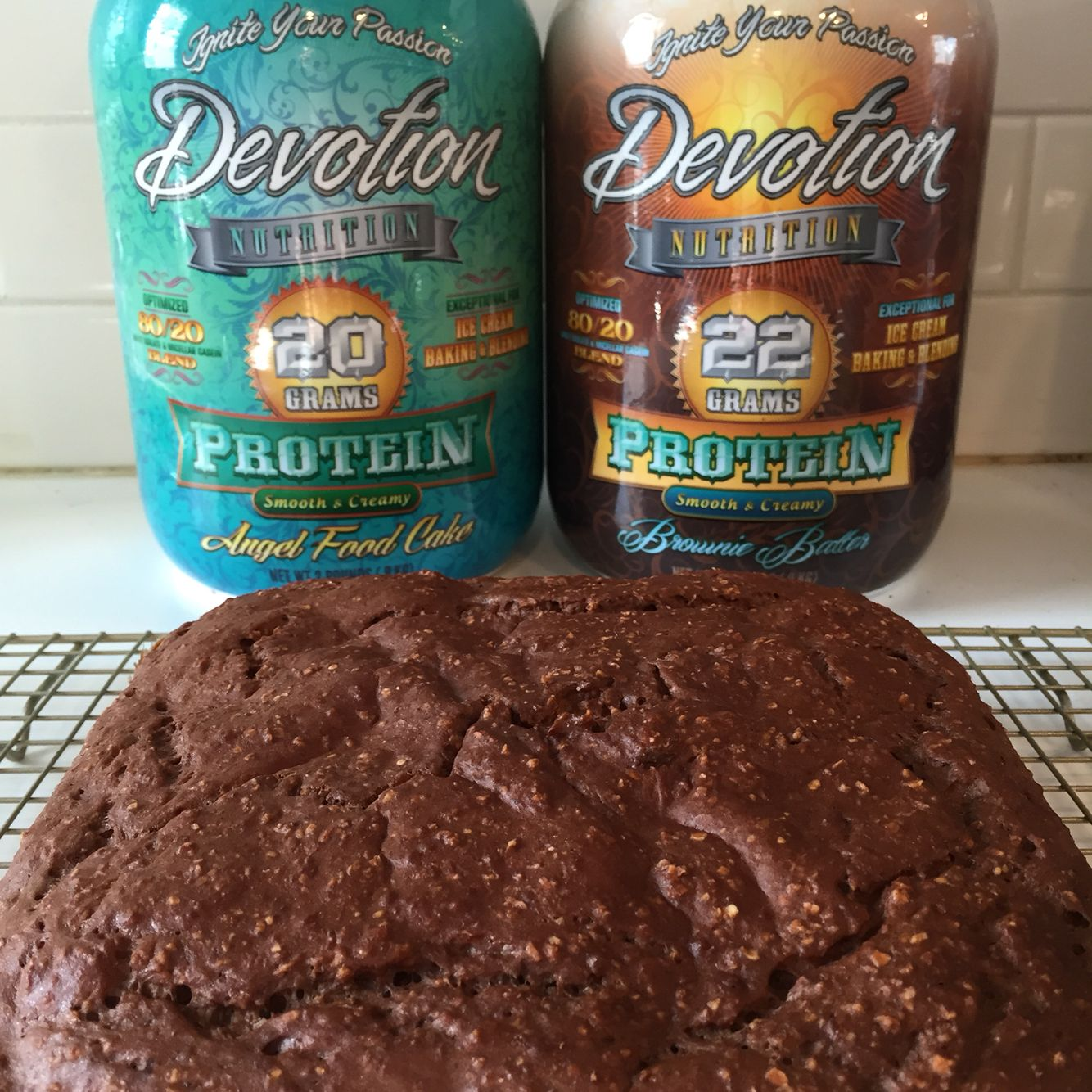 Protein Brownies Recipe 2 Scoops Devotion Brownie Batter 2 Scoops Devotion Angel Food Cake 1 C Oat Bran 8 Tbs Protein Powder Recipes Nutrition Recipes Recipes