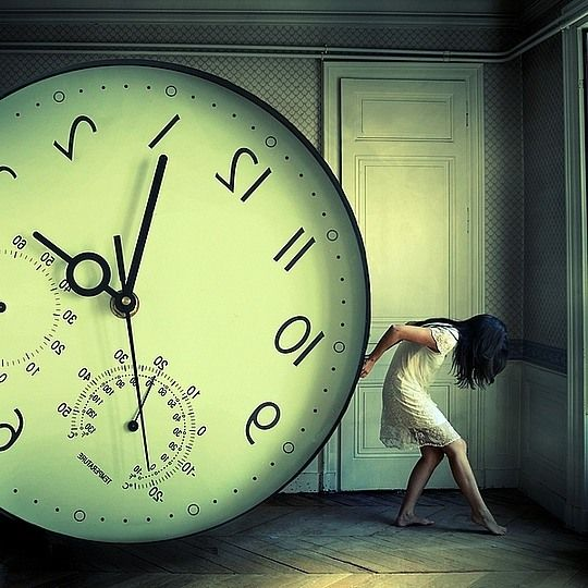 This is an interesting photo as it gives a visualization how time can really be a weight that drags you down.