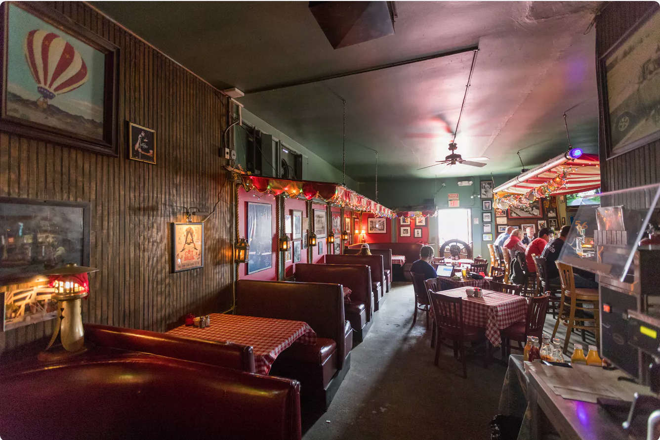 Craving A Night Out In Santa Monica This Weekend Head To Chez Jay Named One Of La S Best Dive Ba Dive Bar Los Angeles Bars Diving