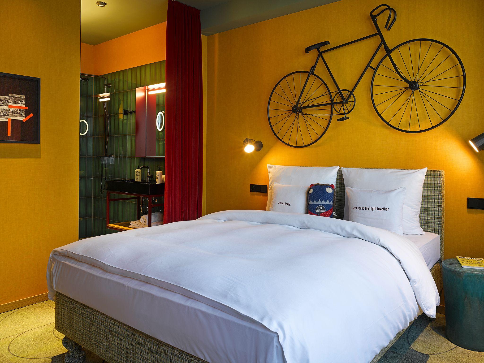 M Zimmer Im 25hours Hotel Frankfurt The Trip Mit Bildern Hotel
