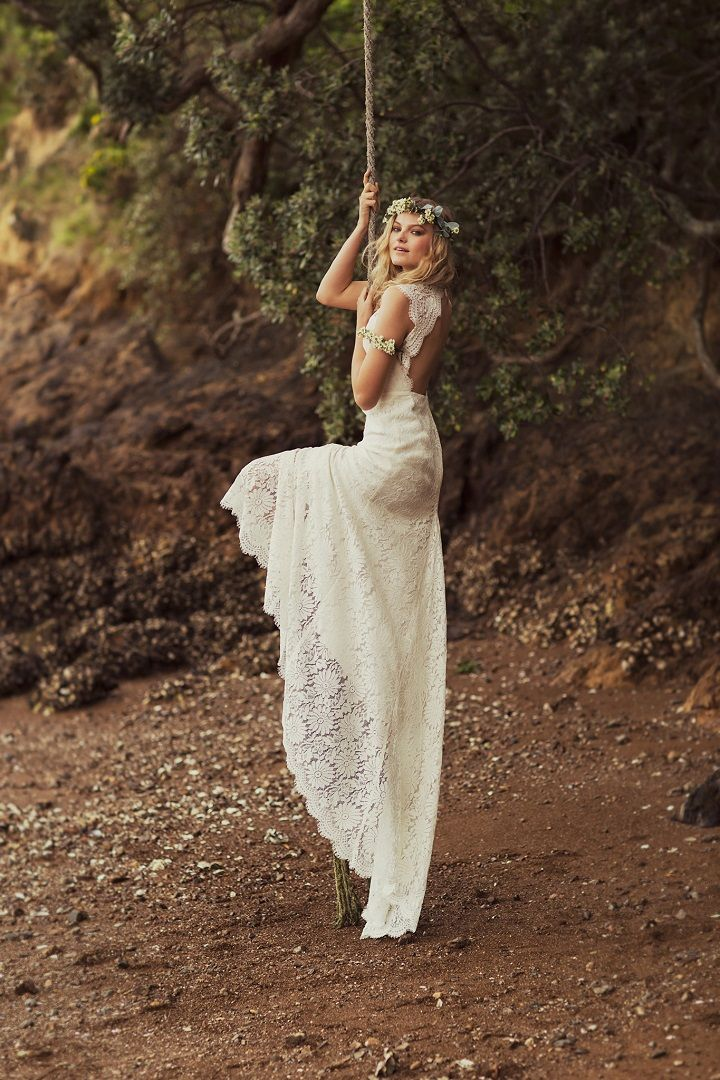 Gorgeous bohemian lace wedding dress | Wedding dress #weddingdress #weddinggown #weddingdresses #bohowedding , wedding dresses ,wedding gowns