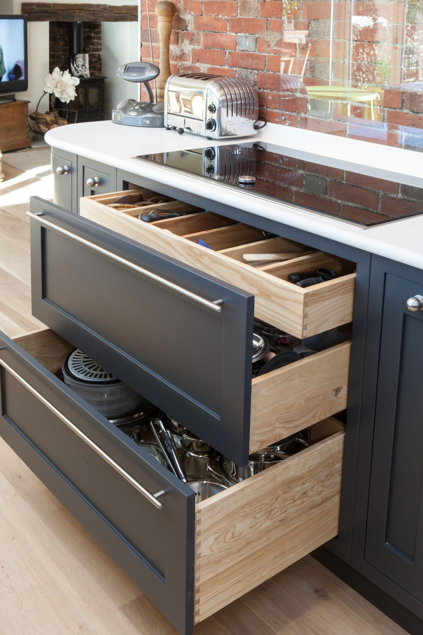 Bespoke Wooden, Timber & Oak Fitted Kitchens in