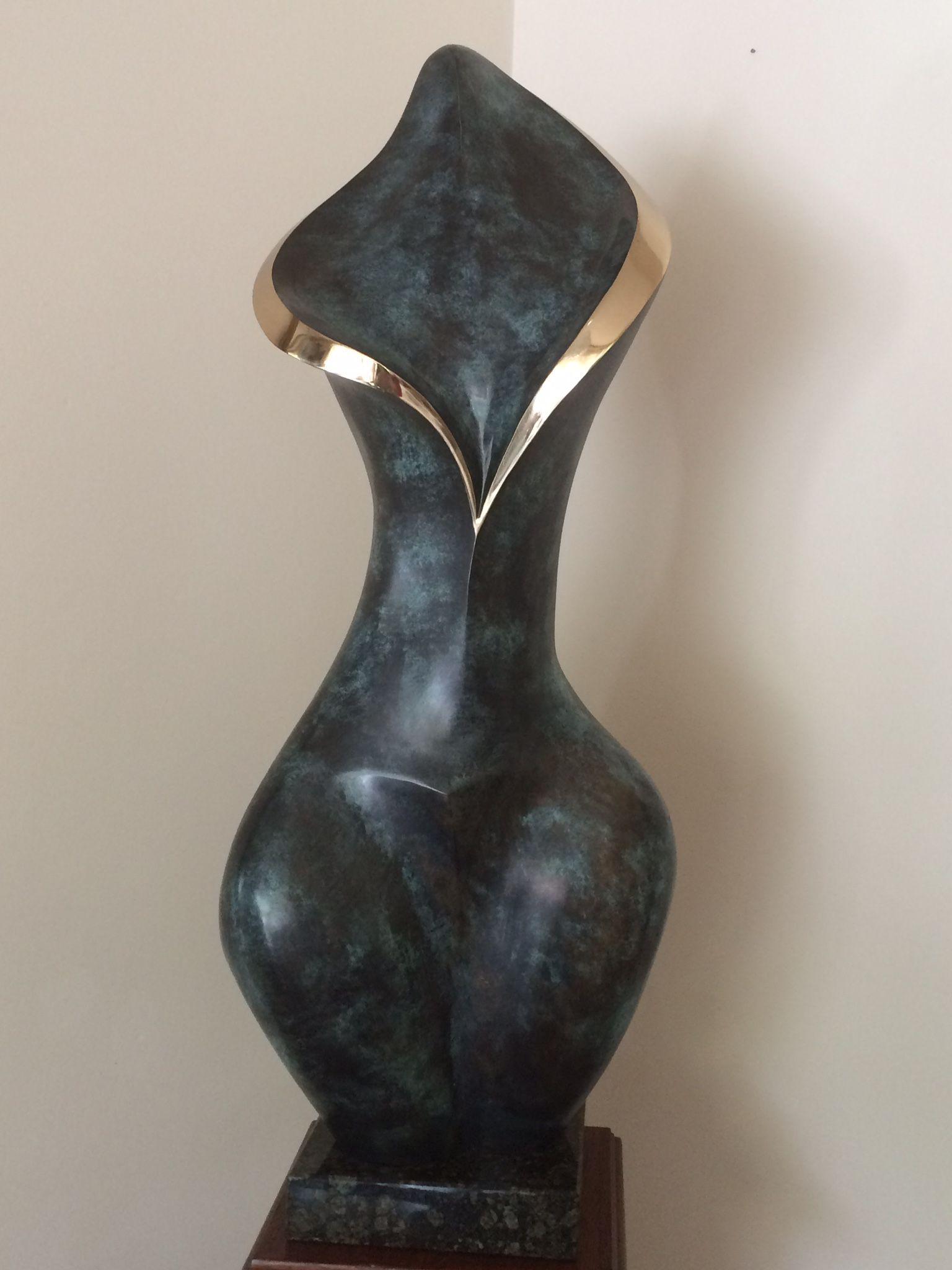 Epingle Par Doris Helena Sur Fascination Sculpture Abstraite Idees De Sculpture Sculpture Bois