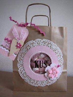 10 hermosas ideas para decorar bolsas de papel cajas y - Bolsas para decorar ...