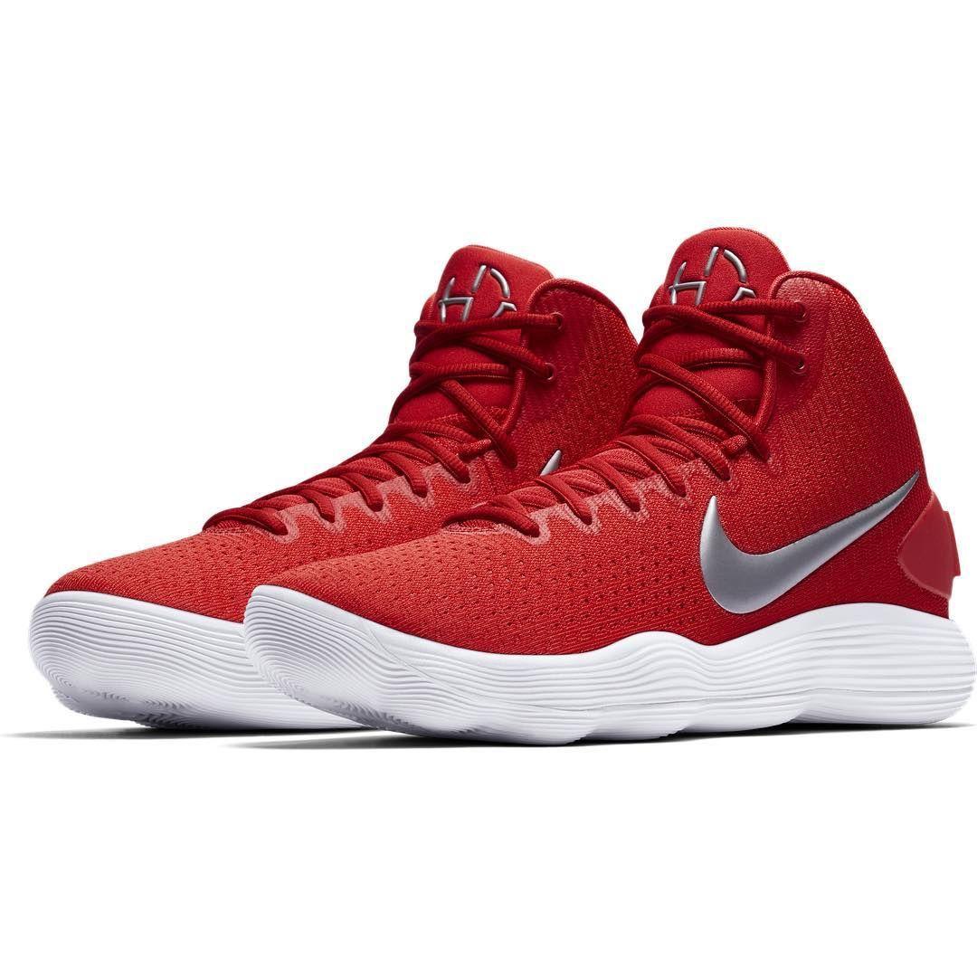 52fbc2d0a6f3 Discover ideas about Basketball Outfits. February 2019. Nike Hyperdunk 2017  New Nike Hyperdunk 2017 Low Team ...